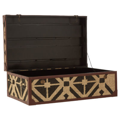 Angra-Coffee-Table-Trunk-latzio