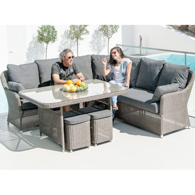 Monte Carlo Casual Dining Right-Hand Section