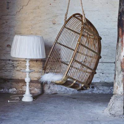 Renoir-hanging-chair-sika-design