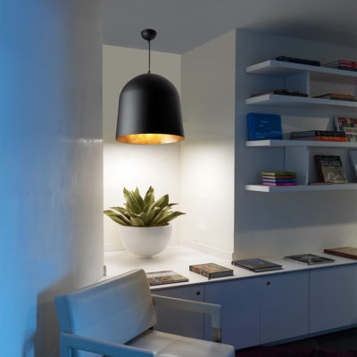 CRATER-Black-pendant-lamp-faro