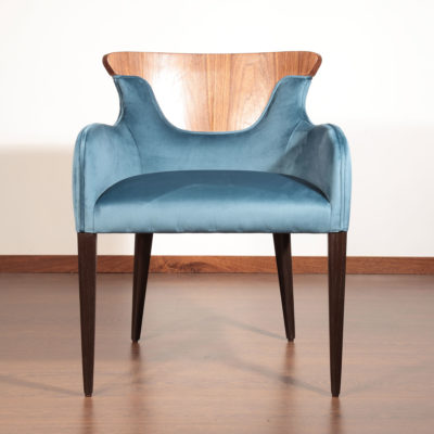 Marano-Chair-blue-velvet-wood-latzio
