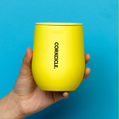 Corkcicle-Stemless-neon-yellow