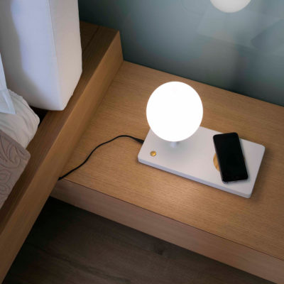 Niko-LED-Table-Lamp-faro