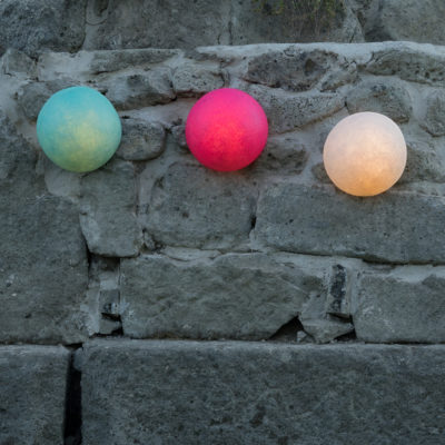 button-out-wall-light-in-es-art.design