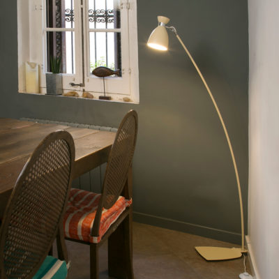 retro-floor-lamp-faro
