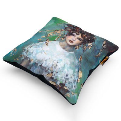 quiet-bride-cushion-mondiart