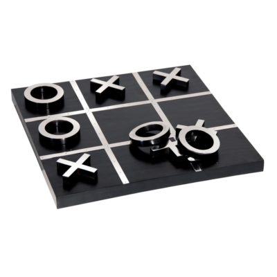 Crabbe-Noughts-Crosses-Board-latzio