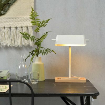 white iron and wood table lamp, Cambridge, it's about Romi