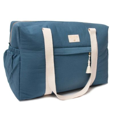 blue waterproof maternity bag in organic cotton by Nobodinoz