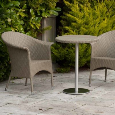 synthetic peel outdoor dining chair by Pr Home