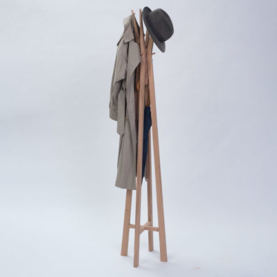 wooden coat & hat stand by Pr Home