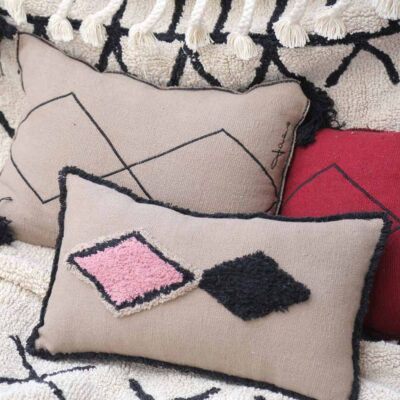 Washable cushion linen by Lorena Canals