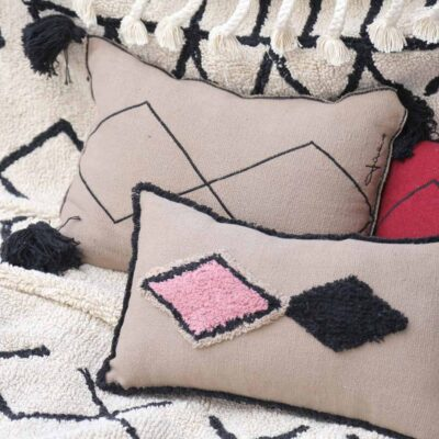 Washable cushion bereber linen by Lorena Canals