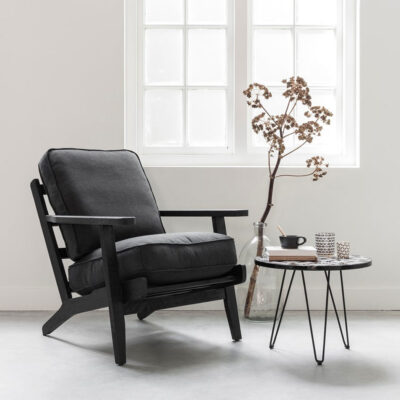 black lounge chair Carlton by Must Living