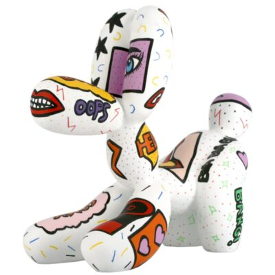 ballon dog fetch white pat sculpture
