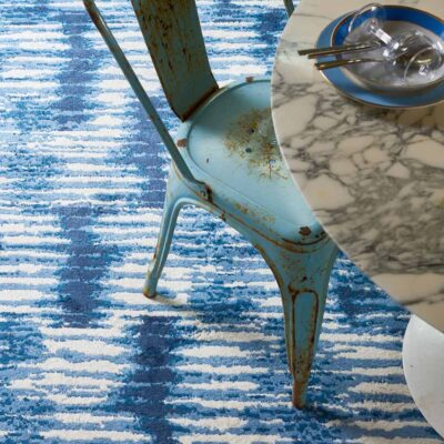 blue and white Kito rug by Toulemonde