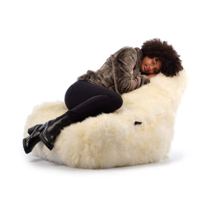 ouffe B Bag Fur Mighty Cream by Extreme Lounging