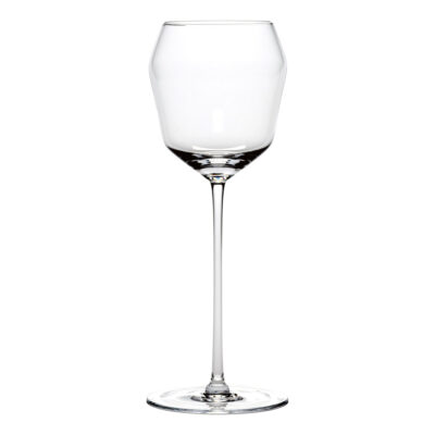 transparent wine glass Billie designed by Ann Demeulemeester