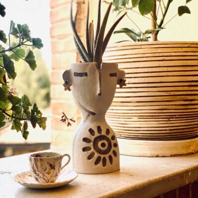 white and brown Face planter by Azra