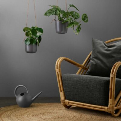 Globe watering can dark grey by Eva Solo