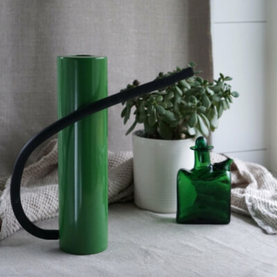 Brush green watering can by Born in Sweden