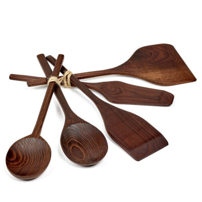 Kitchen tools Pure wood designed by Pascale Naessens