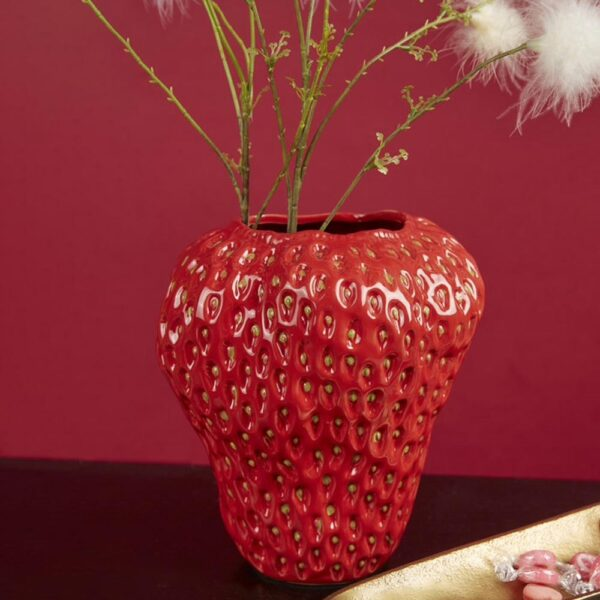 vase strawberry by EDG