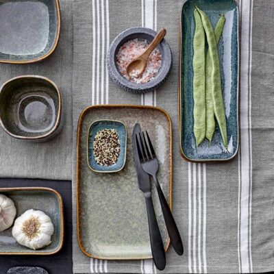 Aime Serving Plate by Bloomingville