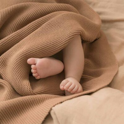 So natural knitted baby blanket biscuit by Nobodinoz