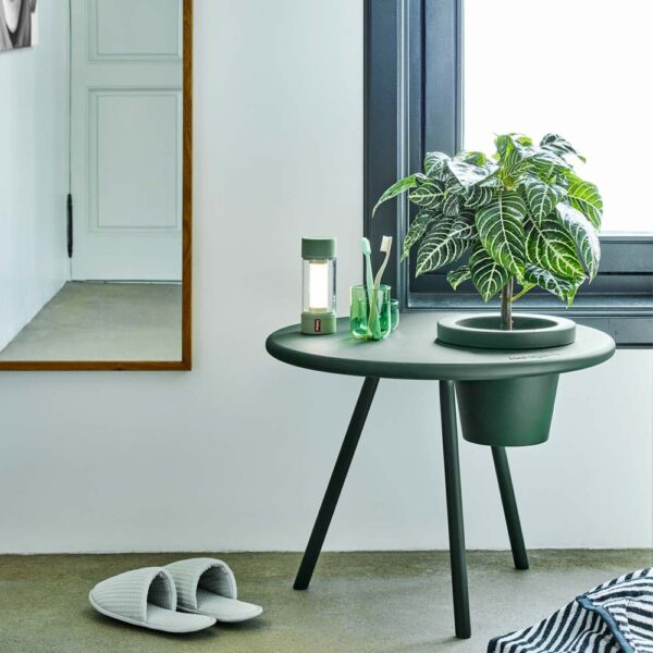 Bakkes side table emerald green by Fatboy