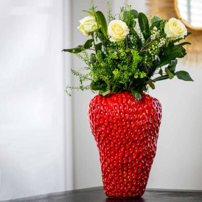 ceramic Strawberry vase large by Latzio