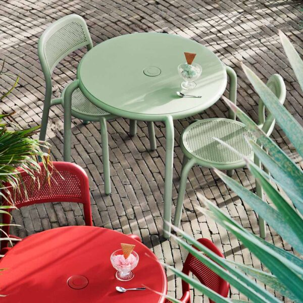 Toni bistreau outdoor round table mist green by Fatboy