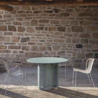 Arena outdoor dining table blue by Isimar