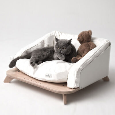 Odense white dog cat bed by Weelywally