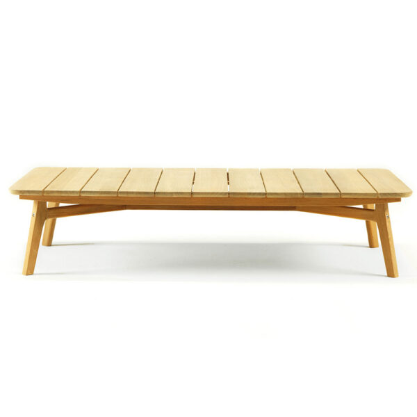 Knit outdoor coffee table by Ethimo