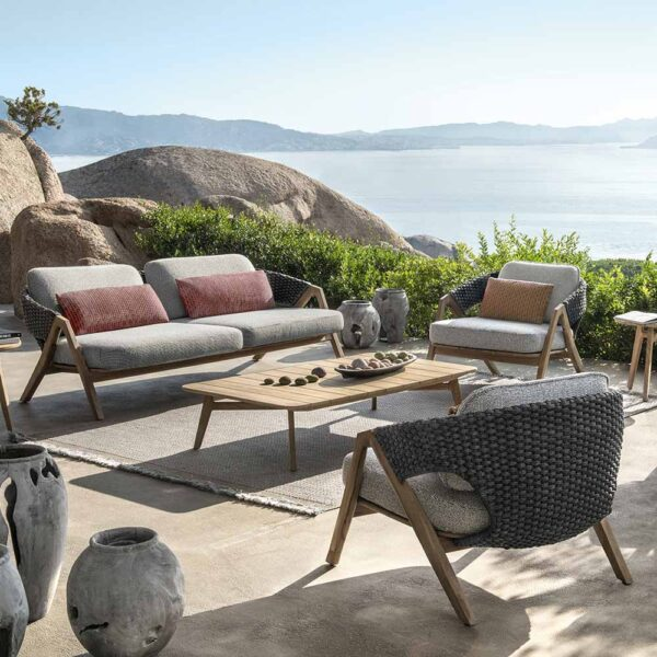 Knit outdoor armchair by Ethimo
